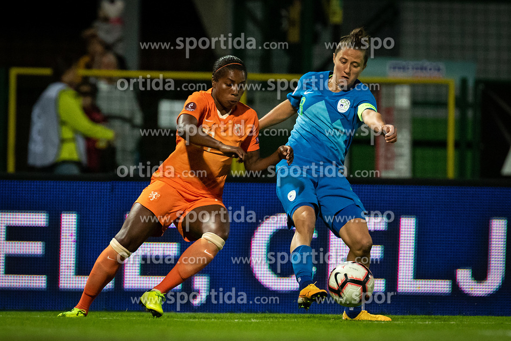 Lineth Beerensteyn of Nederland and Mateja Zver of Slovenia during football match between Slovenia and Nederland in qualifying Round of Woman's qualifying for EURO 2021, on October 5, 2019 in Mestni stadion Fazanerija, Murska Sobota, Slovenia. Photo by Blaž Weindorfer / Sportida