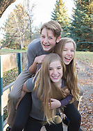 Fun, fresh and natural family pictures for holiday card, Niwot