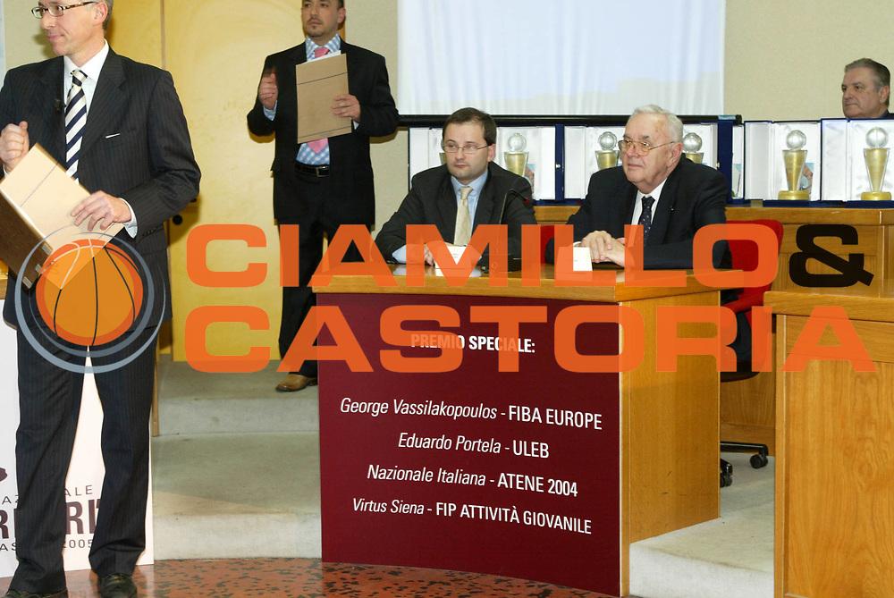 DESCRIZIONE : QUATTRO CASTELLA PREMIO REVERBERI 2005 GIOCATORE : SQUADRA : SQUADRA : EVENTO :QUATTRO CASTELLA PREMIO REVERBERI 2005 DATA : 2009-08-27CATEGORIA : SPORT : Pallacanestro AUTORE : AGENZIA CIAMILLO & CASTORIA/G.Ciamillo