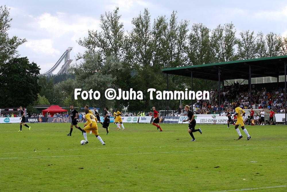 10.8.2014, Kisapuisto, Lahti.<br /> Veikkausliiga 2014.<br /> FC Lahti - Vaasan Palloseura.<br /> Hyppyrim&auml;et horisontissa Kisapuistosta katsottuna.