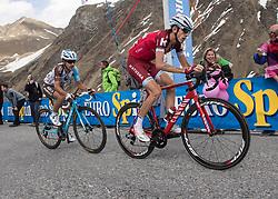 23.05.2017, Bormio, ITA, Giro d Italia 2017, 16. Etappe, Rovetta nach Bormio, im Bild v.l. Domenico Pozzovivo (ITA, AG2R La Mondiale), Ilnur Zakarin (RUS, Team Katusha - Alpecin) // f.l. Domenico Pozzovivo (ITA, AG2R La Mondiale), Ilnur Zakarin (RUS, Team Katusha - Alpecin) during the 16th stage of the 100th Giro d' Italia cycling race from Rovetta to Bormio, in Bormio Italy on 2017/05/23. EXPA Pictures © 2017, PhotoCredit: EXPA/ R. Eisenbauer