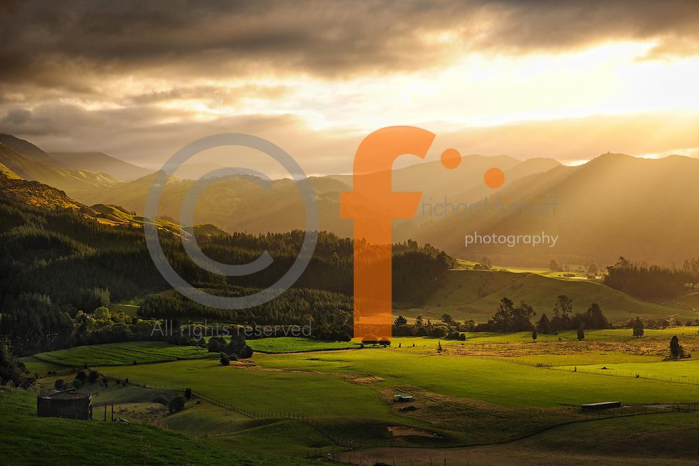 Job110101_NewZealand_DSC2184_NX_Final.tif.TakakaValley_FINAL.Afternoon Light, Takaka Valley, Upper Takaka..Looking towards Kahurangi National Park..South Island, New Zealand.
