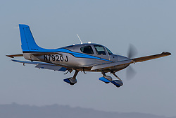 Cirrus SR22T (N7920J) on approach to Palo Alto Airport (KPAO), Palo Alto, California, United States of America