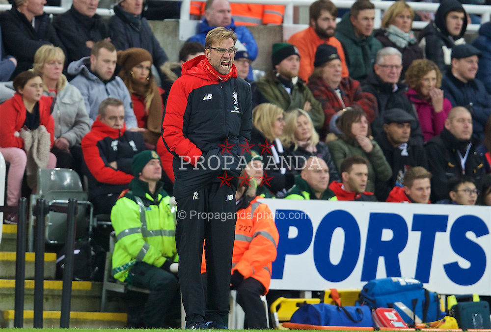 NEWCASTLE-UPON-TYNE, ENGLAND - Sunday, December 6, 2015: Liverpool's manager Jürgen Klopp during the Premier League match against Newcastle United at St. James' Park. (Pic by David Rawcliffe/Propaganda)
