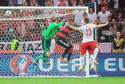 11.10.2014, National Stadium, Warsaw, POL, UEFA Euro Qualifikation, Polen vs Deutschland, Gruppe D, im Bild ARKADIUSZ MILIK GOL BRAMKA RADOSC 1-0 // during the UEFA EURO 2016 Qualifier group D match between Poland and Germany at the National Stadium in Warsaw, Poland on 2014/10/11. EXPA Pictures © 2014, PhotoCredit: EXPA/ Newspix/ Norbert Barczyk<br /> <br /> *****ATTENTION - for AUT, SLO, CRO, SRB, BIH, MAZ, TUR, SUI, SWE only*****