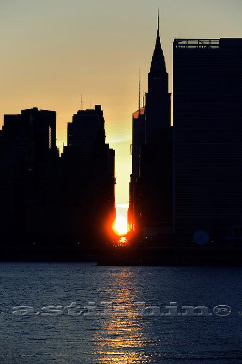 Chrysler Building and 42nd Street at Manhattanhenge, USA, New York, New York City,