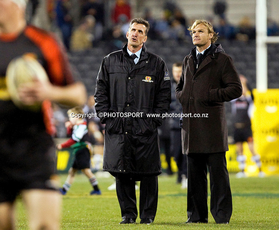 Canterbury coach Rob penney talks to Scott Robertson during the teams warm up. ITM Cup. Canterbury v Wellington at AMI Stadium, Christchurch. Friday 30 July 2010. Photo: Joseph Johnson/PHOTOSPORT