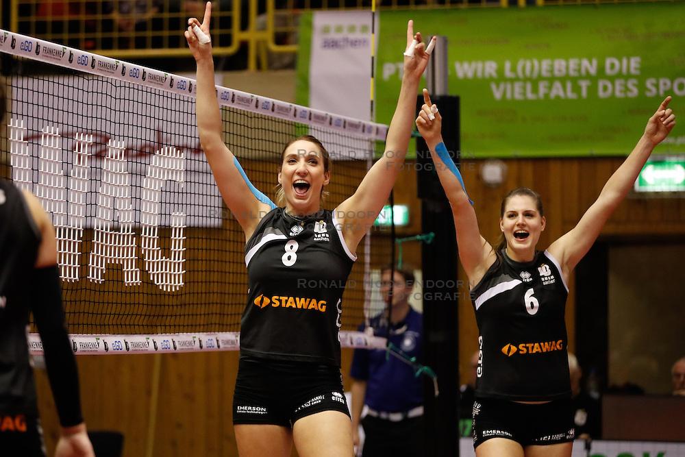 20161106 DUI: Bundesliga, Ladies in Black Aachen - MTV Allianz Stuttgart: Aachen<br />Jeanine Stoeten (8) of Ladies in Black Aachen, Frauke Neuhaus (6) of Ladies in Black Aachen<br />©2016-FotoHoogendoorn.nl / Pim Waslander