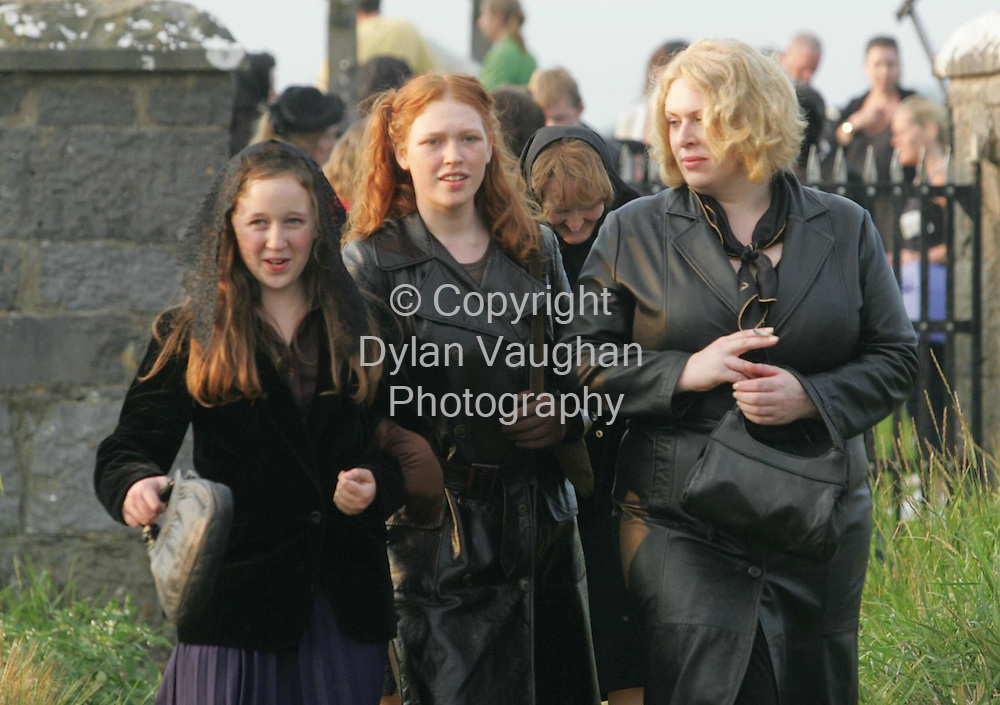"6/9/2004..Extras pictured on..the set of ""Breakfast on Pluto"" during filming in Callan County Kilkenny yesterday...Pictu Dylan Vaughan"
