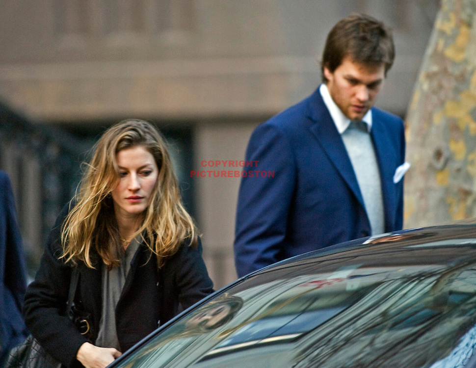 Gisele Bundchen and Tom Brady in and around Boston. December 2008. photo by Mark Garfinkel