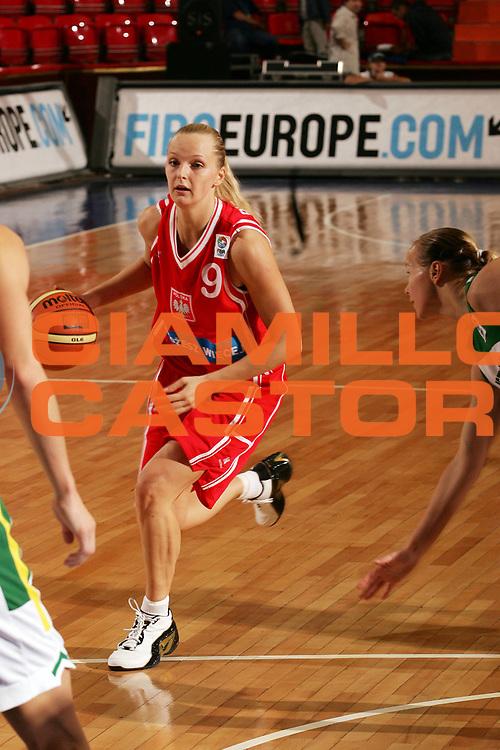 DESCRIZIONE : Ankara Eurobasket Women 2005 Lituania-Polonia<br /> GIOCATORE : Bibrzycka<br /> SQUADRA : Polonia Poland<br /> EVENTO : Eurobasket Women 2005 Campionati Europei Donne 2005<br /> GARA : Lituania Polonia Lithuania Poland<br /> DATA : 09/09/2005<br /> CATEGORIA :<br /> SPORT : Pallacanestro<br /> AUTORE : Ciamillo&amp;Castoria/Fiba Europe