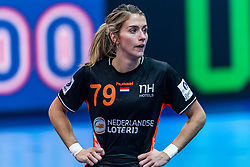 14-12-2018 FRA: Women European Handball Championships France - Netherlands, Paris<br /> Second semi final France - Netherlands / Estavana Polman #79 of Netherlands