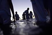 20180202/ Nicolas Celaya - adhocFOTOS/ URUGUAY/ MONTEVIDEO/ PLAYA RAMIREZ/ Celebraci&oacute;n del d&iacute;a de Yemanja en la playa Ram&iacute;rez, Montevideo.<br /> En la foto: Celebraci&oacute;n del d&iacute;a de Yemanja en la playa Ram&iacute;rez, Montevideo.  Foto: Nicol&aacute;s Celaya /adhocFOTOS