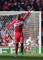 Photo: Andrew Unwin.<br />Middlesbrough v West Ham United. The Barclays Premiership. 17/04/2006.<br />Middlesbrough's Jimmy Floyd Hasselbaink calls for the ball.