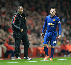 Manchester United's player coach Ryan Giggs  with Manchester United's Wayne Rooney on the touchline.  - Photo mandatory by-line: Alex James/JMP - Mobile: 07966 386802 - 22/11/2014 - Sport - Football - London - Emirates Stadium - Arsenal v Manchester United - Barclays Premier League