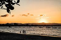 Sunset at Enseada Beach. São Francisco do Sul, Santa Catarina, Brazil. / <br /> Por do sol na Praia da Enseada. São Francisco do Sul, Santa Catarina, Brasil.