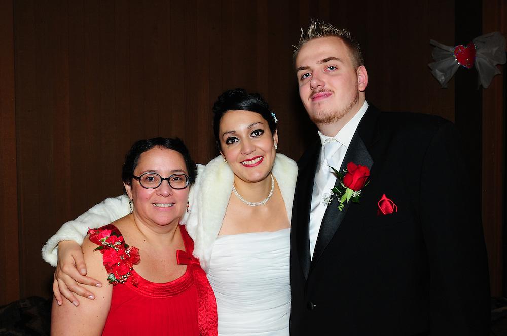 Martha and Jimmy Wedding Beaverton Or.  By Phil Sedgwick Photographer.  Portland OR