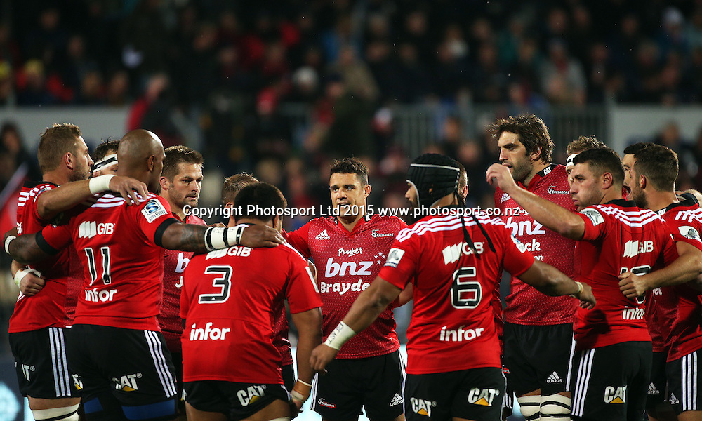 Dan Carter in a team huddle before the Investec Super Rugby game between the Crusaders v Chiefs at AMI Stadium i Christchurch. 17 April 2015 Photo: Joseph Johnson/www.photosport.co.nz