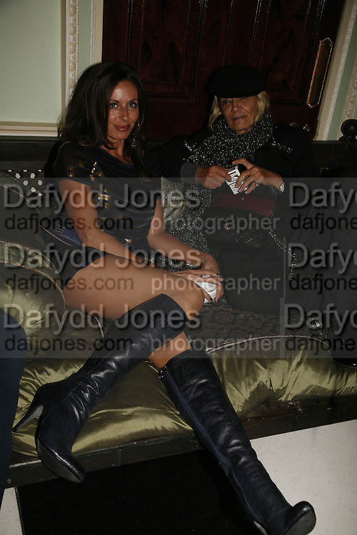 Julie Bloom and Anita Pallenberg , Biba after-show party organised by Quinessentially.  Royal Duchess Palace, 16 Mansfield Street, London W1. 19 September 2006.  ONE TIME USE ONLY - DO NOT ARCHIVE  © Copyright Photograph by Dafydd Jones 66 Stockwell Park Rd. London SW9 0DA Tel 020 7733 0108 www.dafjones.com