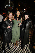 Katie Kass, Martine McCutcheon and Joan Collins, Spring party at Frankie Dettori's bar and Grill. 3 Yeoman's Row. London sw3. 10 April 2006. ONE TIME USE ONLY - DO NOT ARCHIVE  © Copyright Photograph by Dafydd Jones 66 Stockwell Park Rd. London SW9 0DA Tel 020 7733 0108 www.dafjones.com