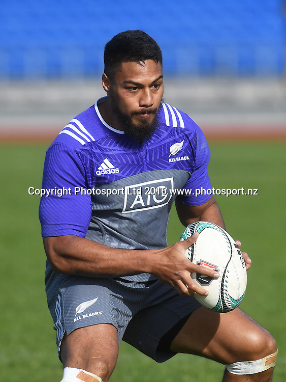 George Moala during an All Blacks training session at Trusts Stadium in Auckland. New Zealand. Tuesday 7 June 2016 © Copyright Photo: Andrew Cornaga / www.Photosport.nz