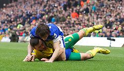 23.02.2013, Carrow Road, Norwich, ENG, Premier League, Norwich City vs FC Everton, 27. Runde, im Bild Everton's Leighton Baines and Norwich City's Robert Snodgrass during the English Premier League 27th round match between Norwich City FC and Everton FC at Carrow Road, Norwich, Great Britain on 2013/02/23. EXPA Pictures © 2013, PhotoCredit: EXPA/ Propagandaphoto/ David Rawcliffe..***** ATTENTION - OUT OF ENG, GBR, UK *****