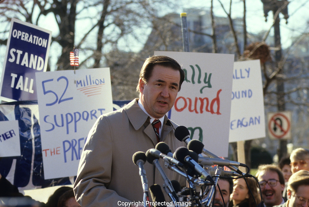 Pat Buchanan speaks at a Citizens for America Rally in LaFayette Park in January 1987..Photograph by Dennis Brack BB31