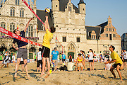 Beachvolleybal Mechelen 2012. Team Mechelen actie..