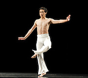 Cloud Gate Dance Theatre of Taiwan <br /> White<br /> at Sadler's Wells, London, Great Britain <br /> Press photocall<br /> 9th November 2011 <br /> <br /> <br /> White III<br /> <br /> Tsai Ming-yuan (male)<br /> Huang Mei-ya (female)<br /> Chen My-han (female)<br /> Chiu I-wen (female)<br /> <br /> <br /> Photograph by Elliott Franks