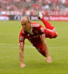 Arjen Robben dives. Bundesliga, week 6, FC Bayern Munich v FC Nürnberg, Munich, Germany, 19.09.2009