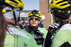 Valentina Scandolara makes sure she's wrapped up warm for the cold conditions - 2016 Omloop van het Hageland - Tielt-Winge, a 129km road race starting and finishing in Tielt-Winge, on February 28, 2016 in Vlaams-Brabant, Belgium.