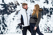 Fotosessie met de koninklijke familie in Lech /// Photoshoot with the Dutch royal family in Lech .<br /> <br /> Koning Willem Alexander, Prinses Amalia /////  King Willem Alexander, Princess Amalia