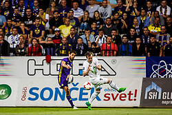 Mitja Viler #28 of NK Maribor and Steven Lennon #7 of FH Hafnarfjirdur during 1st Leg football match between NK Maribor (SLO) and FH Hafnarfjordur (ISL) in Third qualifying round of UEFA Champions League 2017/18, July 26, 2017, in Stadium Ljudski vrt, Maribor, Slovenia. Photo by Grega Valancic / Sportida