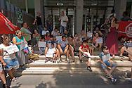 Roma 16 Luglio 2015<br /> Protesta davanti l' assessorato alle politiche sociali delle famiglie rom sgomberate per due volte dall' insediamenti in via Val d Ala,quartiere Monte Sacro, i rom chiedono  soluzioni abitative dignitose e rivendicano trattamenti più umani. Molti cartelli esposti facevano riferimento a mafia capitale ed al suo sfruttamento delle emergenze sociali.<br /> Rome 16 July 2015<br /> Protest in front of the 'Department for Social Policies of Roma families evicted twice from' settlements in via Val d'Ala, Monte Sacro district, the Roma ask dignified housing solutions and treatments claiming more human. Many exhibited signs were referring to mafia capital and its exploitation of social emergencies.