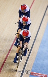 03.08.2012, Velodrome, London, GBR, Olympia 2012, Radsport, Bahn, Team Verfolgung, Damen, im Bild Joanna Rowsell, Laura Trott and Dani King (GBR, Gold Medaille) // gold medalJoanna Rowsell, Laura Trott and Dani King (GBR) during Cycling Track, Women Team Pursuit at the 2012 Summer Olympics at Velodrome, London, United Kingdom on 2012/08/03. EXPA Pictures © 2012, PhotoCredit: EXPA/ Johann Groder