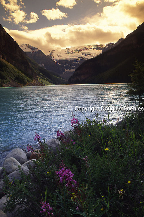 Lake Louise, Banff National Park, Alberta, Canada<br />
