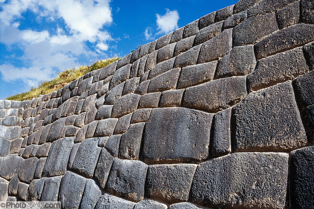 "Around 1450 AD, the Incas crafted impressive stone walls at the archaeological site of Tambomachay (El Baño del Inca), 8 km north of Cuzco, in Peru, South America. Tampumachay means ""collective housing resting place"" in Quechua language. The Incas perfected stonecraft to an amazing degree."