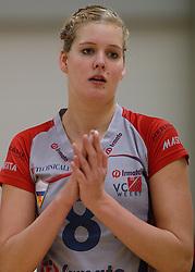 10-11-2013 VOLLEYBAL: VV ALTERNO - VC WEERT: APELDOORN<br /> Alterno wint met 3-0 van Weert / Anne Janssen<br /> &copy;2013-FotoHoogendoorn.nl