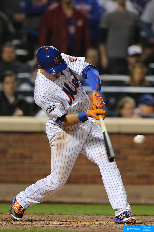 NEW YORK, NEW YORK - October 5: Asdrubal Cabrera #13 of the New York Mets batting during the San Francisco Giants Vs New York Mets National League Wild Card game at Citi Field on October 5, 2016 in New York City. (Photo by Tim Clayton/Corbis via Getty Images)