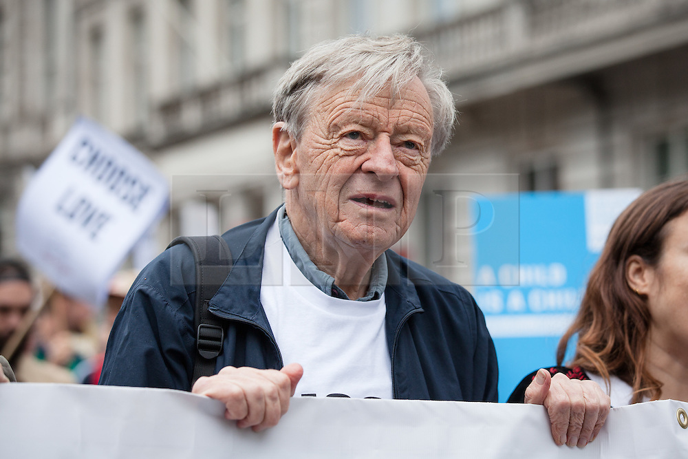 © Licensed to London News Pictures. 17/09/2016. London, UK. Lord ALFRED DUBS, who was brought to Britain on the Kindertransport during the Second World War, joins thousands as they march through central London to call on the government to welcome refugees to the UK. Photo credit: Rob Pinney/LNP