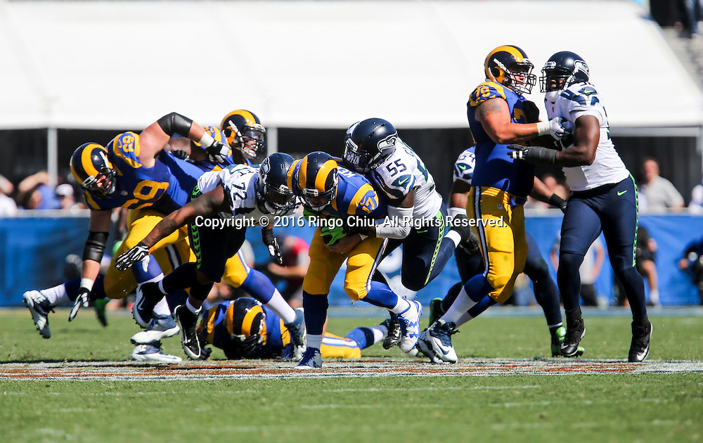 Los Angeles Rams quarterback Case Keenum (17) is defended by Seattle Seahawks during a NFL football game, Sunday, Sept. 18, 2016, in Los Angeles. The Rams won 9-3. (Photo by Ringo Chiu/PHOTOFORMULA.com)<br /> <br /> Usage Notes: This content is intended for editorial use only. For other uses, additional clearances may be required.