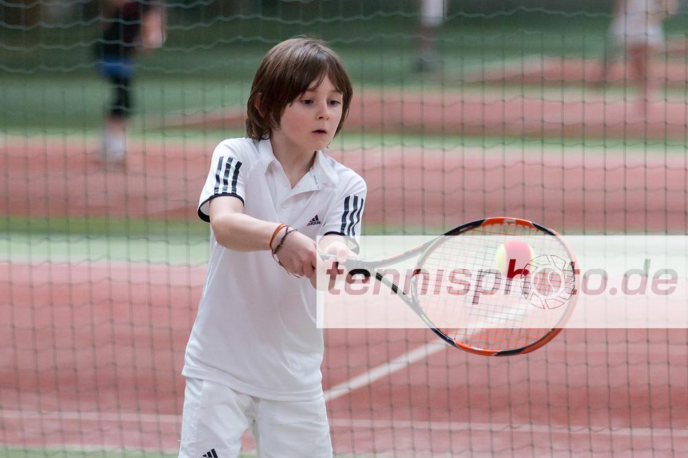 """Karan Misra (U8, LTTC """"Rot-Weiß"""" Berlin), LTTC """"Rot-Weiß"""" Kids Cup, Bugahalle, Berlin, 06.03.2016, Foto: Claudio Gärtner"""