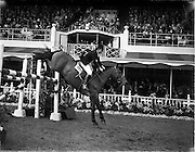 "04/08/1960<br /> 08/04/1960<br /> 04 August 1960<br /> R.D.S Horse Show Dublin (Thursday). Miss Pat Smythe of Great Britain on ""Scorchin""in the International Jumping Competition."