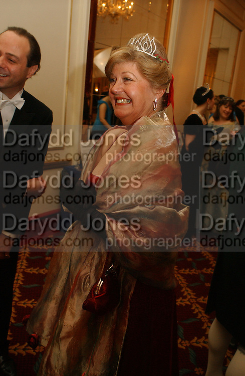 Mrs. Michael Cripps Director of the charity. The St. Petersburg Ball, In aid of the Children's Fire and Burn Trust-Russia 2005.  The Cafe Royal. 3 February 2006. -DO NOT ARCHIVE-© Copyright Photograph by Dafydd Jones 66 Stockwell Park Rd. London SW9 0DA Tel 020 7733 0108 www.dafjones.com