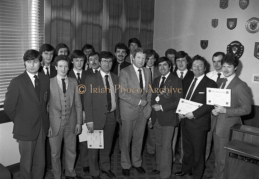 Bartenders Association of Ireland presenting certificates at lunch in Guinness Brewery...1983-02-21.21st February 1983.21/02/1983.02-21-83 ..Pictured at Guinness Brewery, St James's Gate, Dublin..Assembly of members who received certificates on successful completion of the BAI examination..Front row From Left to right:..First - Andy O'Gorman, College of Marketing.Fourth - Pat Healy, Sales Director, Guinness Sales Group.Fifth - Frank O'Reilly, President of Bartenders Association of Ireland.