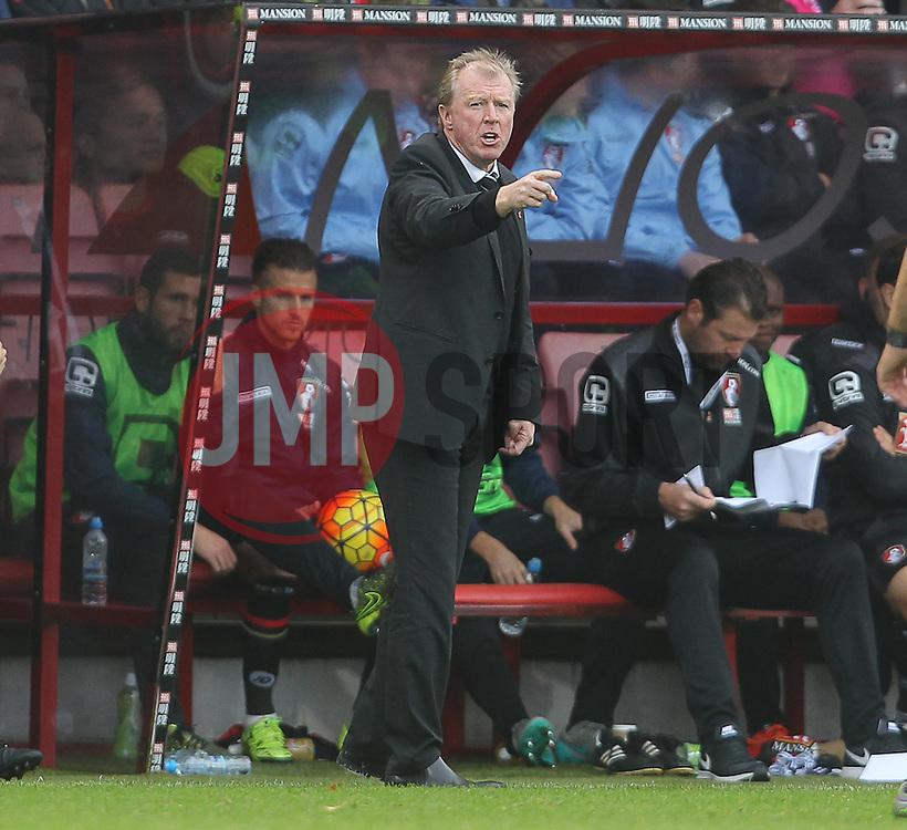 Newcastle United Manager, Steve McClaren - Mandatory byline: Paul Terry/JMP - 07966 386802 - 07/11/2015 - FOOTBALL - Vitality Stadium - Bournemouth, England - AFC Bournemouth v Newcastle United - Barclays Premier League
