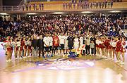 DESCRIZIONE : Vigevano LegaDue All Star Game Eurobet 2013 Est Ovest<br /> GIOCATORE : Sindaco Vigevano e Delroy James<br /> SQUADRA : Ovest<br /> EVENTO : LegaDue All Star Game Eurobet 2013<br /> GARA :  All Star Game Eurobet 2013 Est Ovest<br /> DATA : 03/02/2013<br /> CATEGORIA : Premiazione Vincitori All Star Game 2013<br /> SPORT : Pallacanestro<br /> AUTORE : Agenzia Ciamillo-Castoria/A.Giberti<br /> Galleria : LegaDue All Star Game Eurobet 2013<br /> Fotonotizia : Vigevano LegaDue All Star Game Eurobet 2013 Est Ovest <br /> Predefinita :