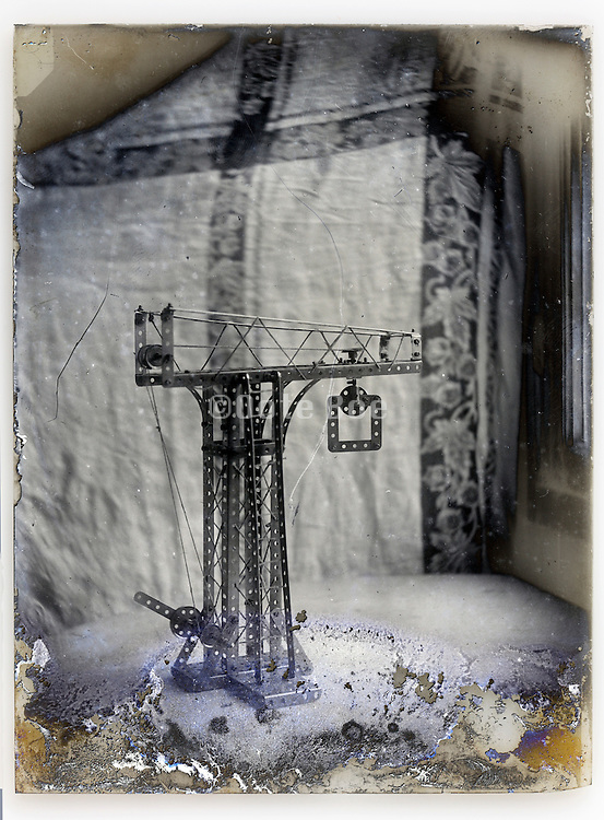 experimenting with crane building early 1900s eroding glass plate