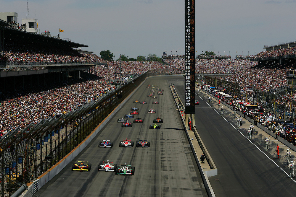 Start at the Indianapolis Motor Speedway, Indianapolis 500, May 29, 2005