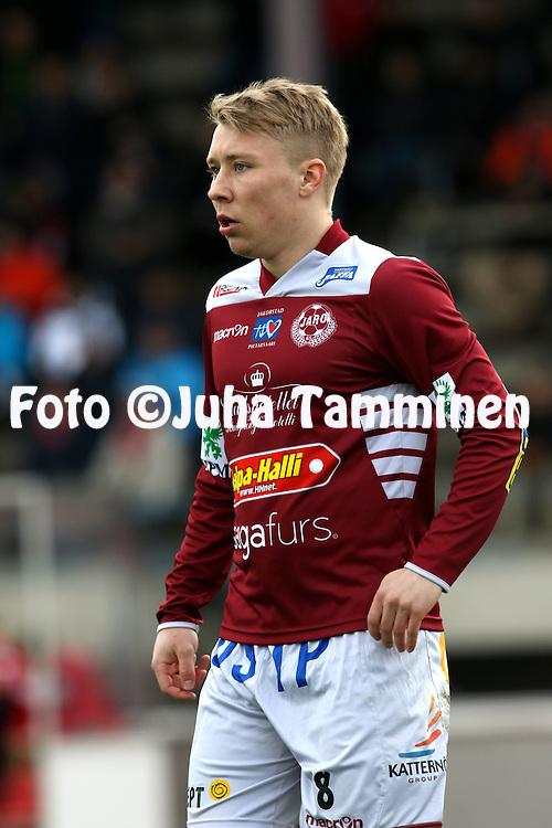 14.5.2015, Keskuskentt&auml;. Pietarsaari.<br /> Veikkausliiga 2015.<br /> FF Jaro - FC Lahti.<br /> Jari Sara - Jaro